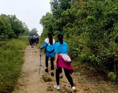 Phulchowki Day Hike Near Kathmandu